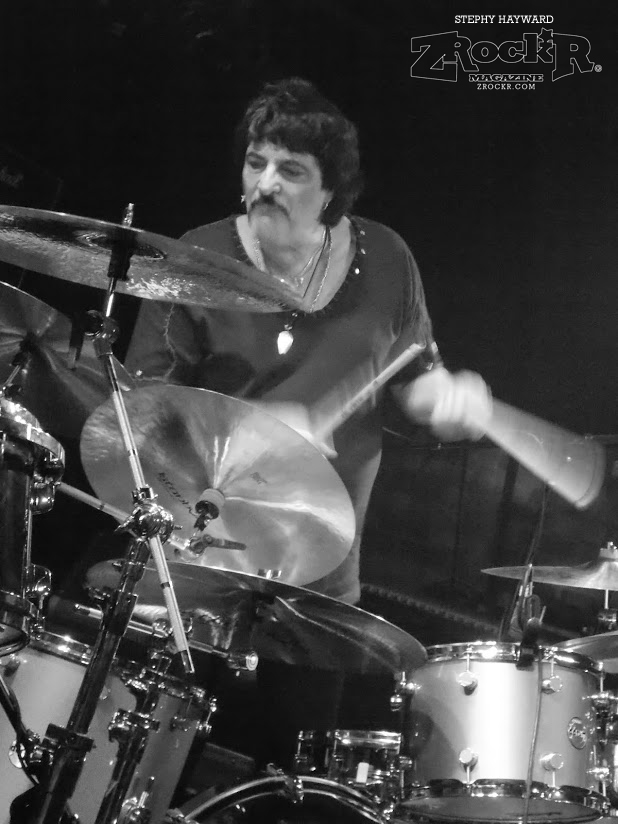 Carmine Appice in action