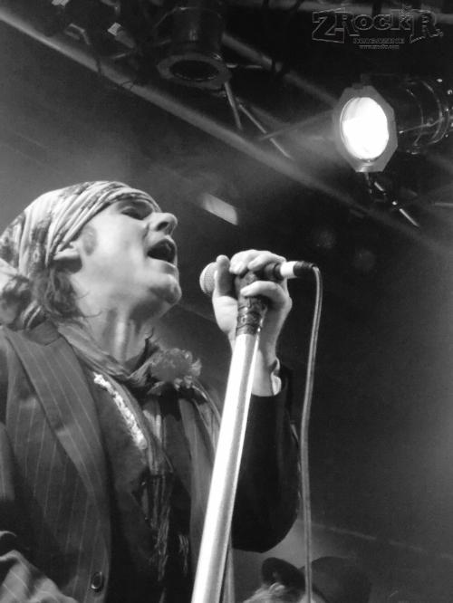 Quireboys vocalist Spike.