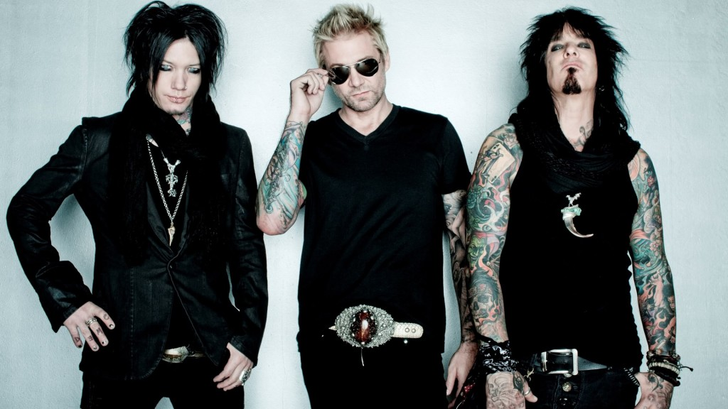 SIXX:AM  is (L to R) DJ Ashba, James Michael and Nikki Sixx