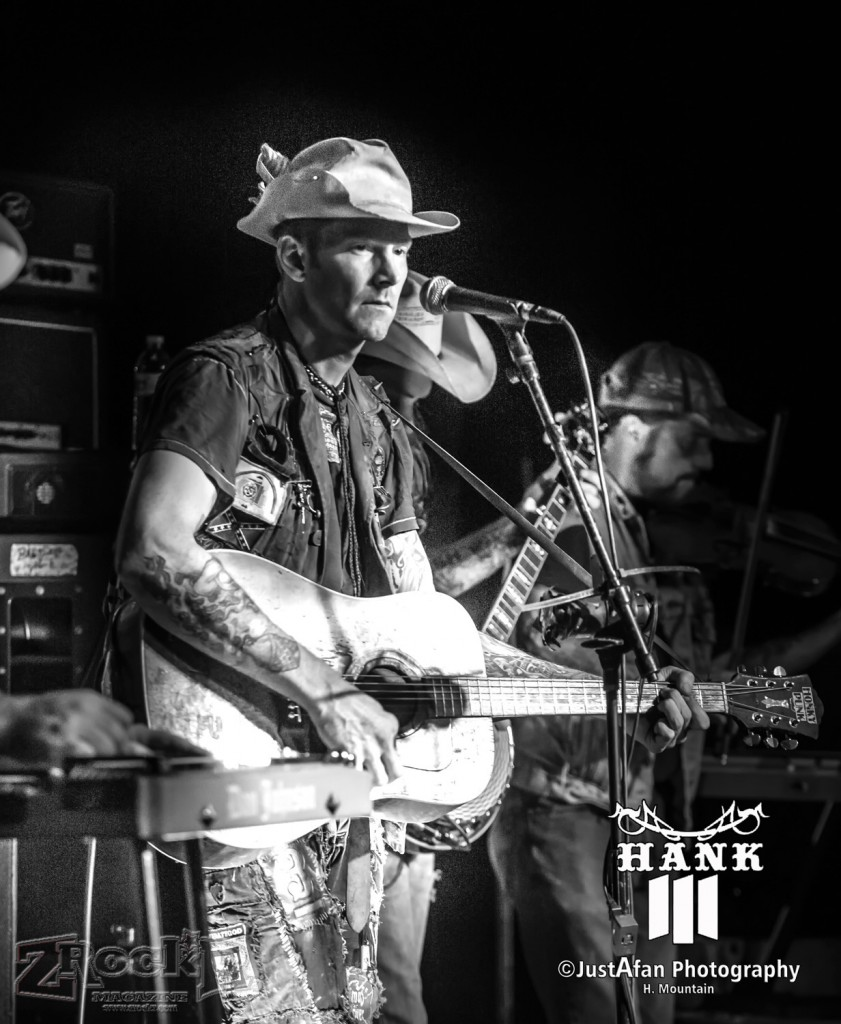 Hank3 on stage at LVCS