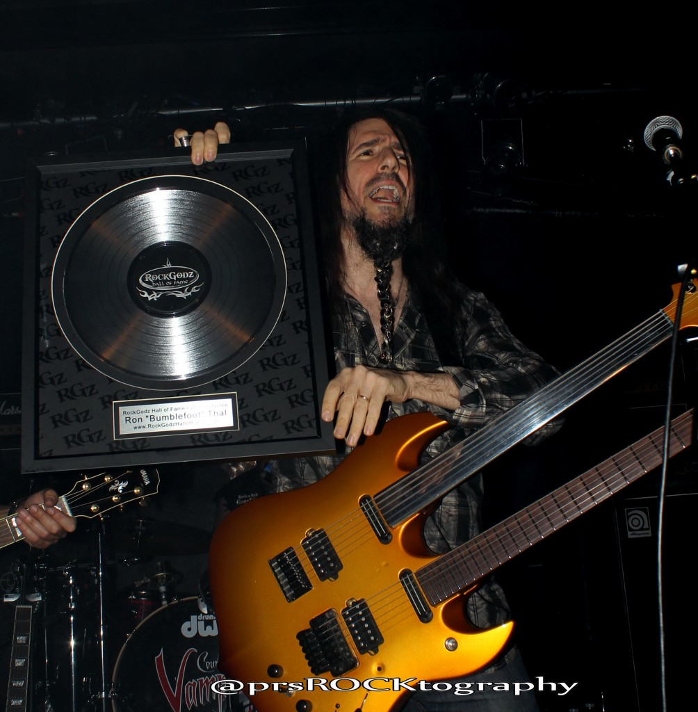 "Ron ""Bumblefoot"" Thal with his RockGodz Award."