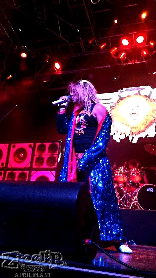 Ernie Berru as Diamond Dave!