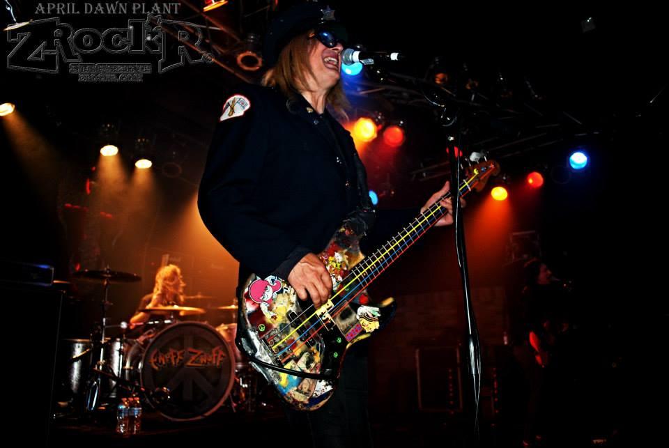 Headliners Enuff Z'Nuff rocking the Vamp'd stage in Las Vegas!