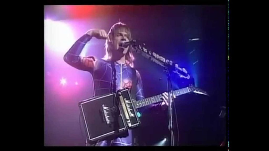 The Return of Spinal Tap features guitarist Nigel Tufnel trying out yet another interesting piece of equipment on stage!